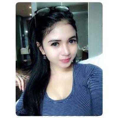 nandia veronica profile pic