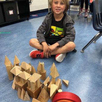 Kinder 3D Kingdom Building