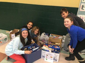 Student Council Food Drive 2018