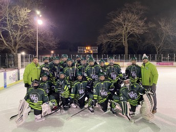 WBHS Hockey wins outdoors in Detroit