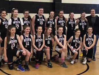 Girls Grade 7 Basketball Silver