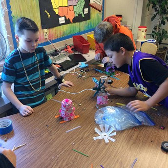 Making Robots in Mr. Mills' classroom.