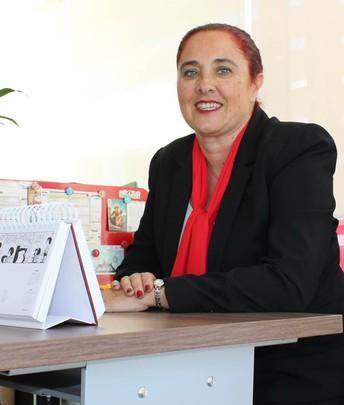 Te doy la más cordial bienvenida a UPAEP Online, soy María Isabel Janeiro Sineiro y seré tu Tutora Virtual: