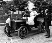Cars in the 1900s