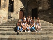 CHRS students visit Spain and France