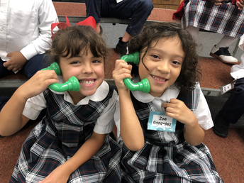 Kinder Using the Singing Phones