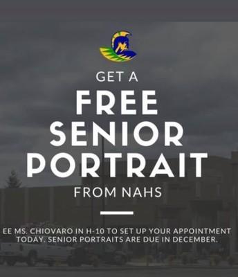 National Art Honor Society taking Senior Photos