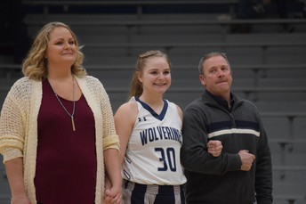 Thank you to our Lady Wolverine Seniors and their Families!