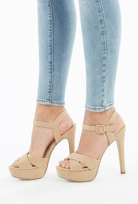 women-shoes-platform heels
