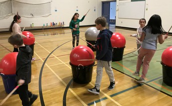 Students Learning How to CARDIO DRUM for the first time!