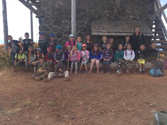 3rd graders trip to Mt. Harkness