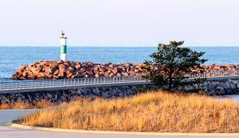 Lakefront Riverwalk