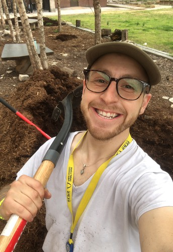 We are preparing our garden and we need YOU!