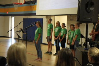 8th graders reciting Genesis 1-2:3