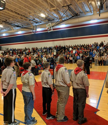 Boy Scouts lead the pledge