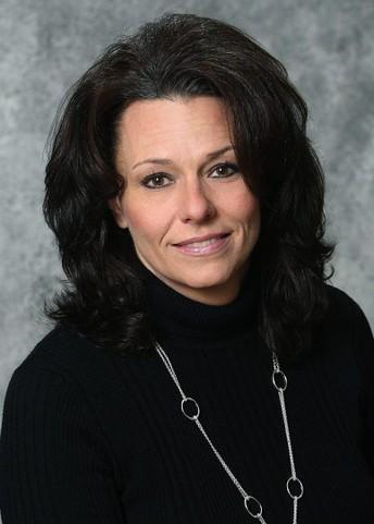 Headshot, Tracey Erickson, SDSU Extension Dairy Field Specialist