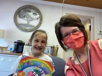 Bear Jar Winner Reading with Mrs. Thornburg