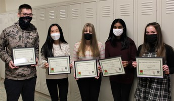 SHS & SMS STUDENTS COMPETE IN OPTIMIST ESSAY CONTEST