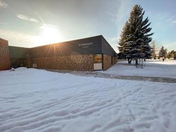 Steinhauer School