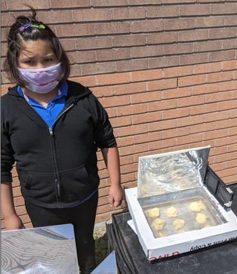 Bella's Solar Cooker