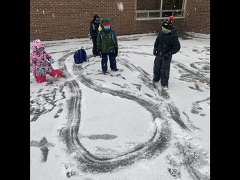 Creating Backpack Race Tracks with our first snow!