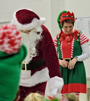 Surprise visit from Santa & his Elf