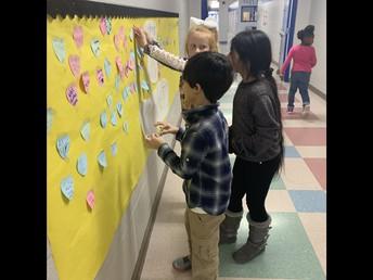 Eastside Students Celebrate Kindness Week!
