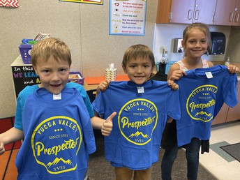 Students with their new Prospector T-shirts