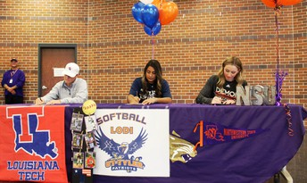 Fall Athletic Signing