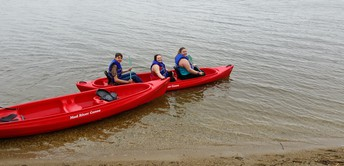 What happened to the other canoe's riders?