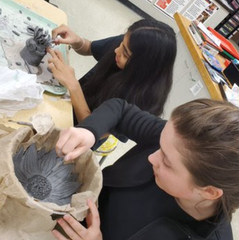 Independent clay projects in Art