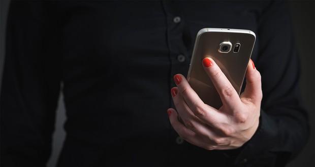 free reverse phones lookup by name