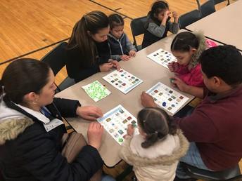 Family Literacy Night/ Noche de Alfabetización Familia