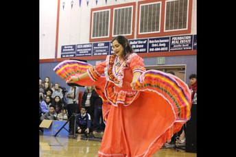 LRG (Latinos Reaching Goals) Club-Folklorico