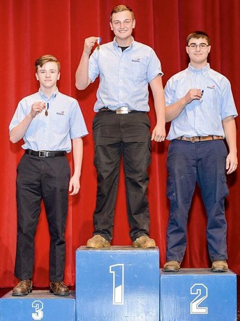 5 from QCHS qualify for SkillsUSA state competition