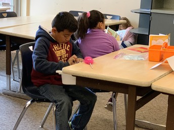 Students participate in the summer reading program at Boones Ferry Primary School.