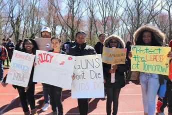 Students Protesting Gun Laws