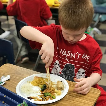 First Grade Gets a Taste of Chinese Culture