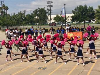 Pep Rally para el baloncesto de varones y track de hembras.