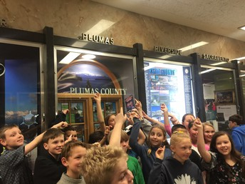 4th graders at the state capitol - pointing to our wonderful  Plumas County!