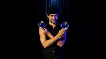 Clark the Juggler