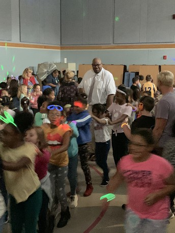 Myers Students, Staff Glow Up at Dance Party