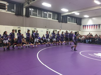 Wrestlers get ready to go!