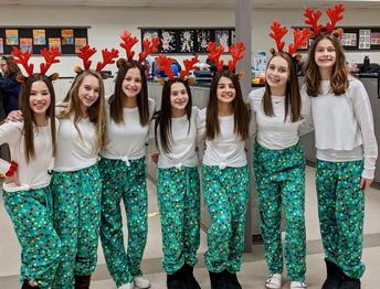 7th grade reindeer!