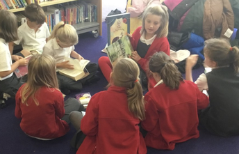 Year 4 Visit the Library