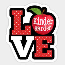 Entrega de útiles escolares, oportunidad de conocer a los maestros, y el evento virtual de puertas abiertas para Kindergarten
