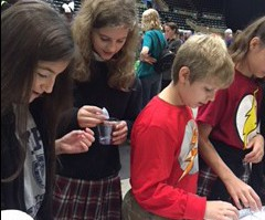 6th Grade at the Chem Expo!