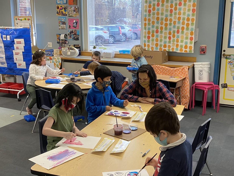 Ms. Susie teaching Art