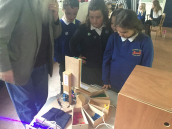 Year 6 meet a STEM ambassador and the amazing lego-sorter