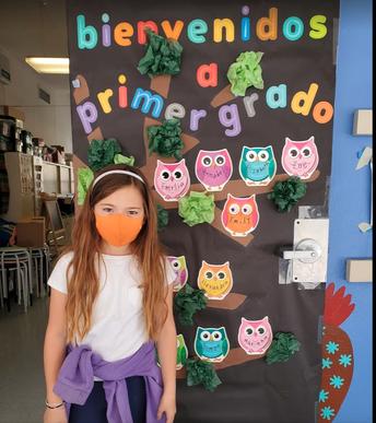 Bienvenidos 1st gr. Door for Maestras Maria/Mariana